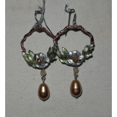 Branch, round with flower and leaf earrings No. e16157