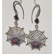 Spider Earrings in a Web no e15177