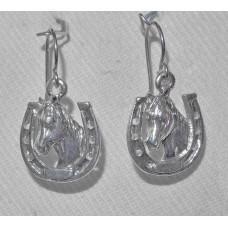 Horse Head in Horse Shoe Earrings No. e19064