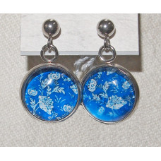 Floral Cameo Blue Delft Leaf pattern Earrings No. e20043
