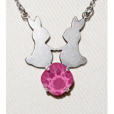Kaniner i Par Siluett över Swarovskikristall Hänge med Kedja nr n17152
