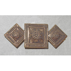Squares with Medieval inspired Pattern Antique gold Brooch  No. b17002+b17003