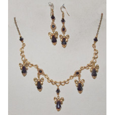 Drops in Black Crystal with Golden Arches and Rosettes Jewelery Set No. s12031